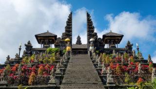 Viaje a Indonesia. A medida. Templos y playas