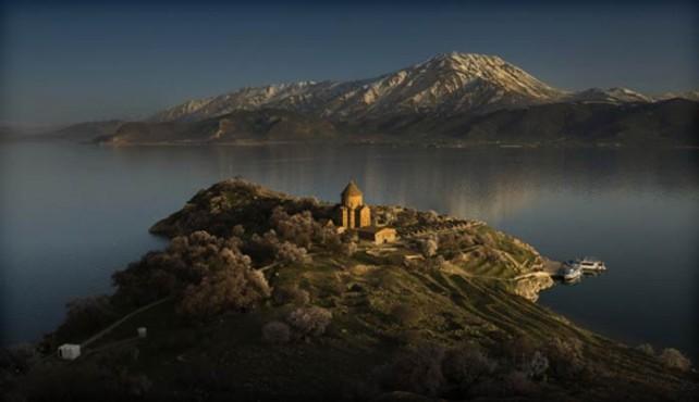 Viaje a Armenia. Singles