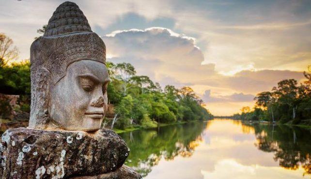 Viaje a Vietnam. Puente de Diciembre. Singles. Extension Camboya