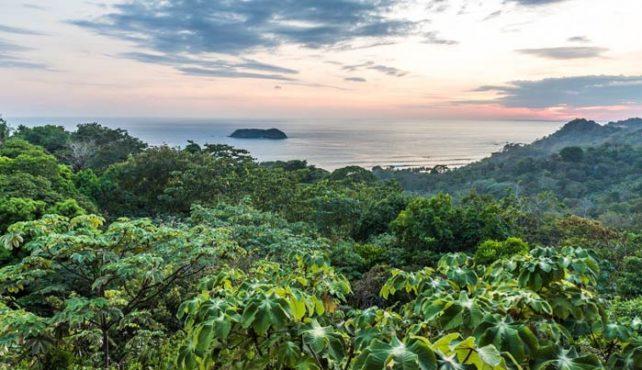 Viaje a Costa Rica. A Medida. Escapada