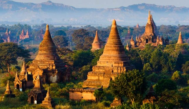 Viaje a Myanmar. En Grupo