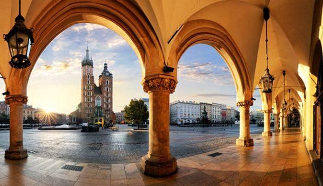 Viaje a Polonia -Cracovia. Puente de Diciembre