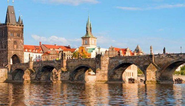 Viaje a Praga. Puente del Pilar