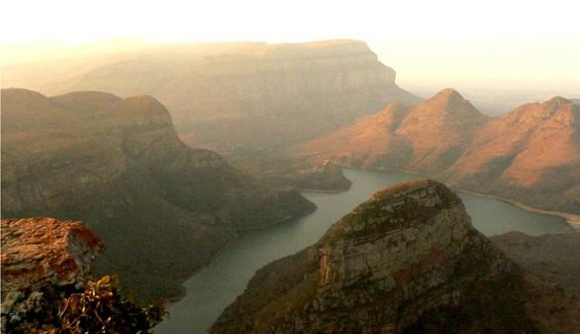 Viaje a Sudáfrica. Semana Santa. En Camión