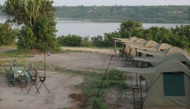Viaje a Uganda, Rwanda y Zanzíbar en camión. Fin de año