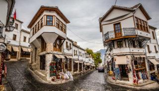 Viaje a Albania. A medida. Fly and drive. Descubriendo las costas del Adriático