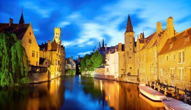 Viaje a Bélgica. Singles. Especial fin de año