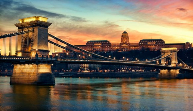 Viaje a Budapest. Puente de Todos los Santos