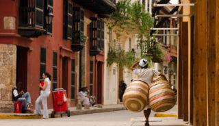 Viaje a Colombia. Grupo verano. Café y mar. Fiesta de las flores Medellín