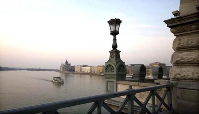 Viaje a Hungría. Singles