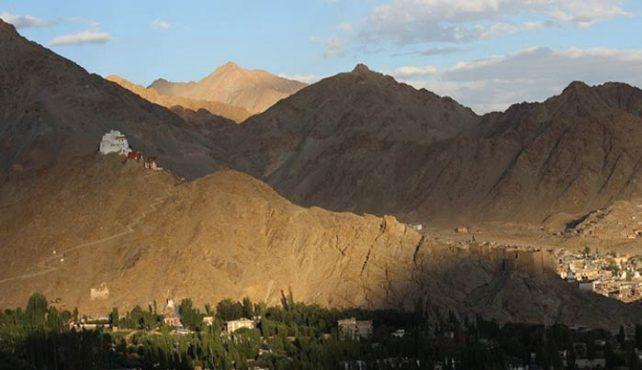 Viaje a India. Semana Santa. Ladakh y Risikesh