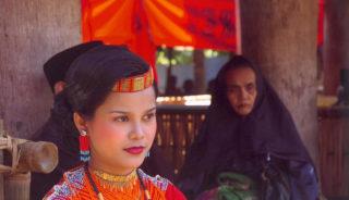 Viaje a Indonesia. A medida Nomads. Transulawesi aventura: trekkings, etnias e islas