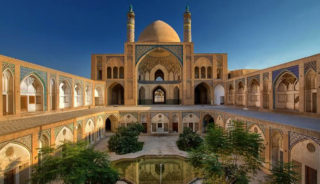 Viaje a Irán. A medida. Irán, la joya del Islam