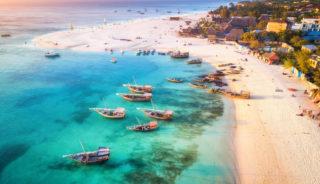 Viaje a Kenya. A medida. Safari Madoadoa. Con extensiones opcionales a Zanzíbar, Isla Mauricio o Seychelles