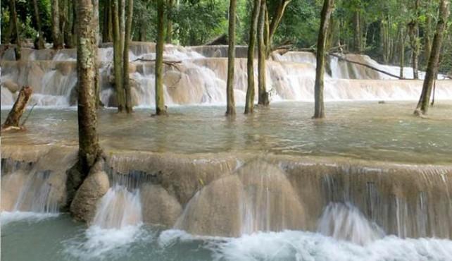 Viaje a Laos. Grupo Verano. De Norte a Sur