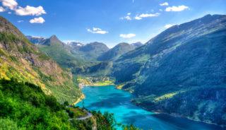 Viaje a Noruega. A medida. Fly and drive. Naturaleza en estado puro.