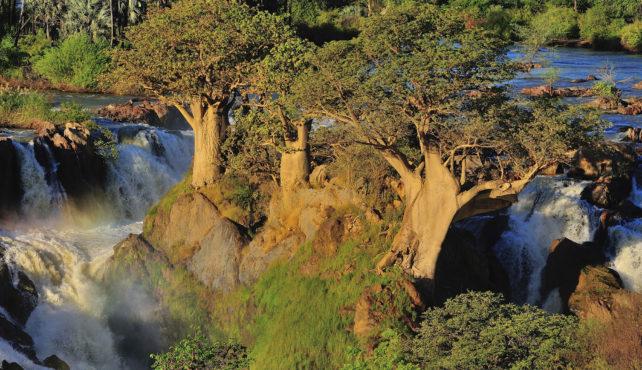 Viaje a Sudáfrica Namíbia, Botswana y Cataratas Victoria. En camión