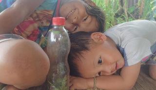 Krabi: Centara Anda Dhevi Resort (Habitación Deluxe) Conexión Internet Wifi: Si Buenas prácticas en sostenibilidad: Uso de paneles solares. El grupo de hoteles Centara se compromete con la preservación del medio ambiente a través de estas prácticas: - Reducción de las emisiones de gases de efecto invernadero mediante la eficiencia energética, la conservación y la gestión. - Reducción del consumo de agua mediante la gestión de los recursos de agua dulce. - Preservación del ecosistema dentro del complejo, así como en las comunidades locales cercanas. - Plantear problemas sociales y culturales a través de la participación y la contribución a las comunidades locales. - Proteger la calidad del aire dentro y fuera de los edificios y controlar la contaminación acústica. - Tratamiento de aguas residuales para evitar descargas contaminantes - Tratamiento de sustancias nocivas de forma ecológica.